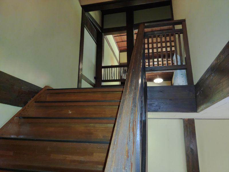 湯谷温泉「はづ別館」の階段