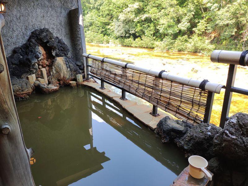 湯谷温泉「はづ別館」の露天風呂